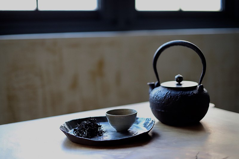 【落英繽紛禮盒】 民國85年 陳年東方美人
