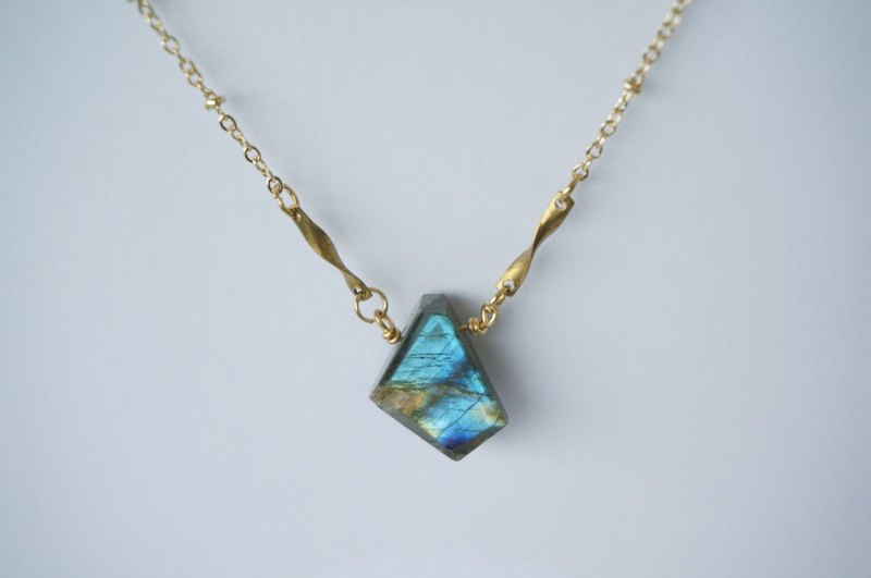 Labradorite brass necklace crystal blue natural hand-made stone necklace