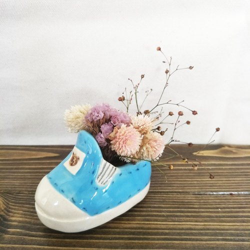 Hand made small shoes
