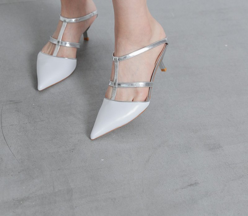 [Clearance SALE] Cross structure hollow low-heeled sandals silver white