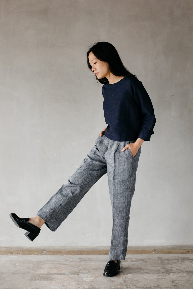 Slim Trousers in Grey Chambray Linen