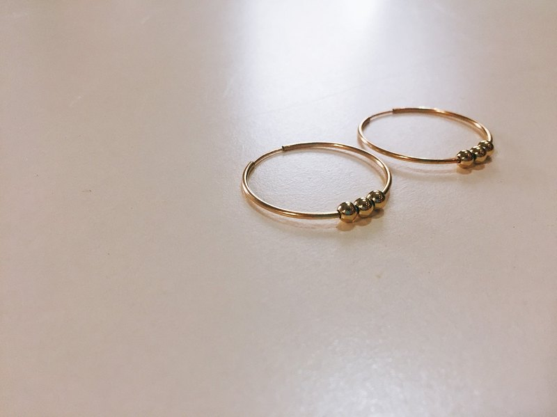 Dotted 14k earrings