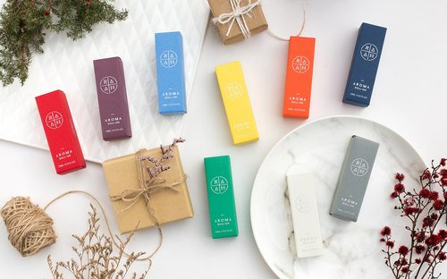 natural  pocket pharmacy/perfume/collection