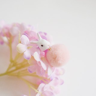 |Unicorn forest | White rabbit hair ball single earrings / ear clip