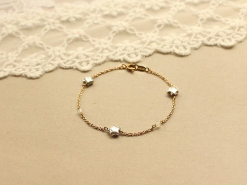 ◆hippie◆ Limited-Edition Silver Star & Opal Crystal Fine Chain Bracelet