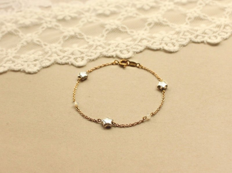 *hippie* Limited-Edition Silver Star & Opal Crystal Fine Chain Bracelet