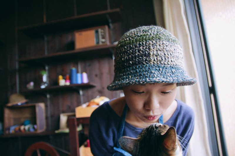 . tsuixtsui. Bell-shaped stitching wool cap - rock mica