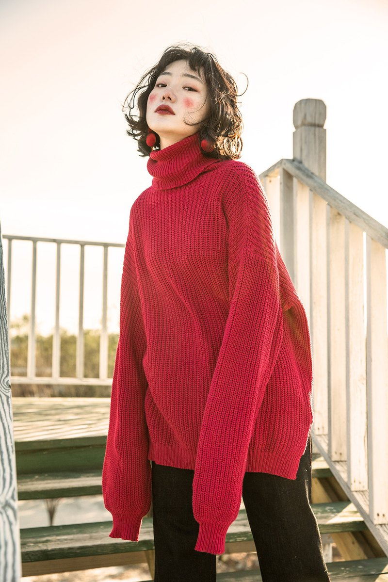 Original design high collar stitch pattern Christmas New Year's Day red oversize sweater