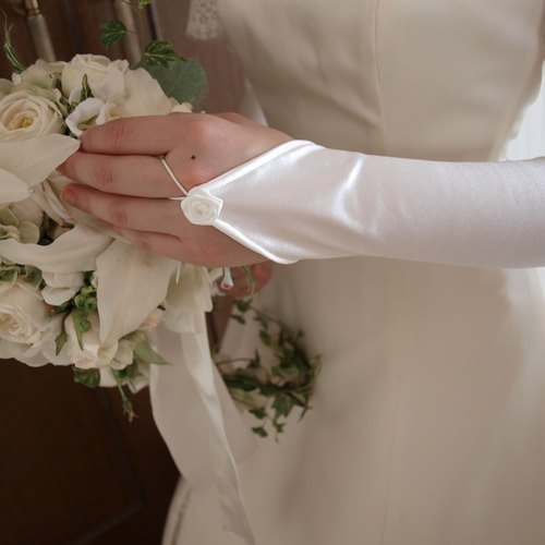 Wedding Gloves [Finger Gloves Noble] elbow on length off-white