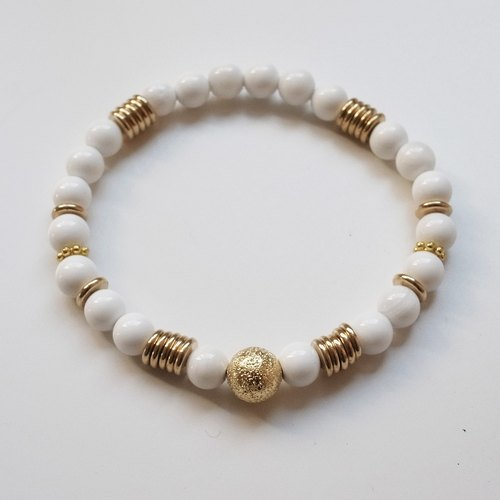 ☽ Qi Xi hand for ☽ [07291] clam shell with brass beads
