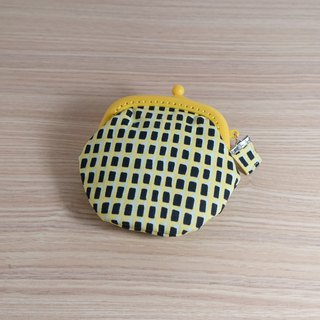Yellow retro square mouth gold package*purse*ga ma mouth