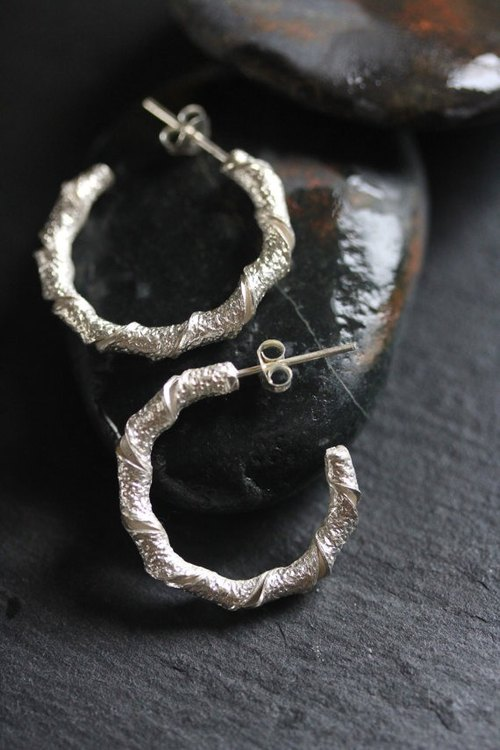 Handmade twisted leaf loop earrings with textured surface (E 0168)