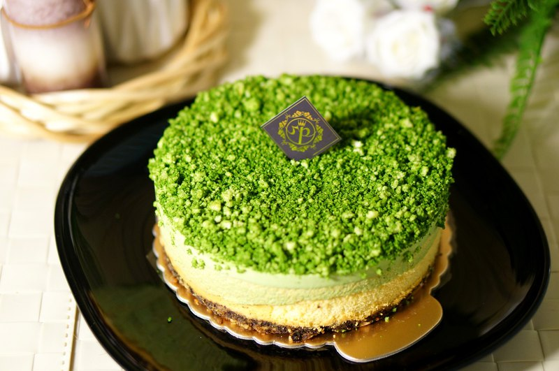 Matcha raw cheesecake