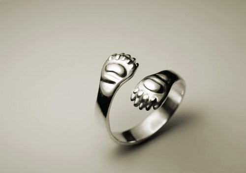 Bear paw silver ring