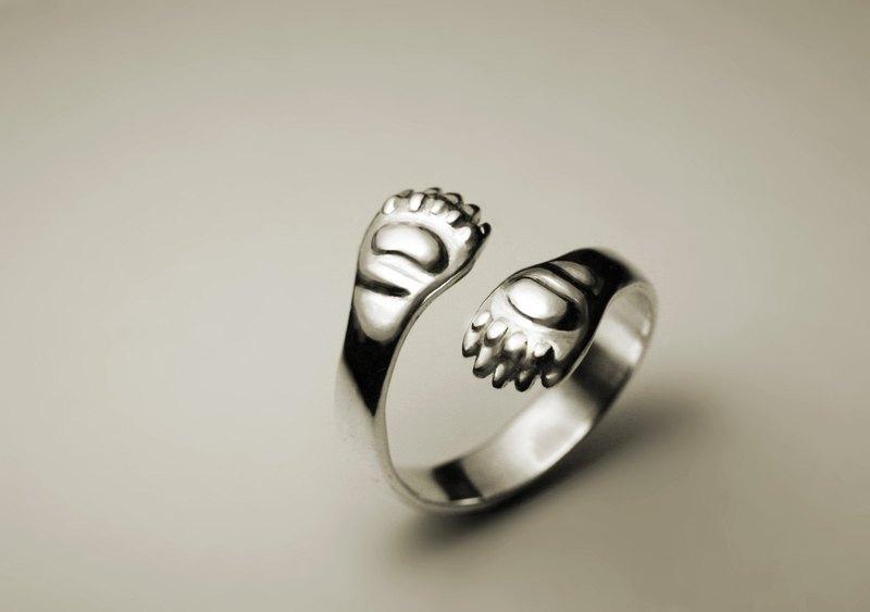 熊掌銀戒指