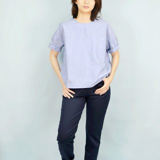 [HIKIDASHI] Tee off shoulder blouse. Light blue oxford