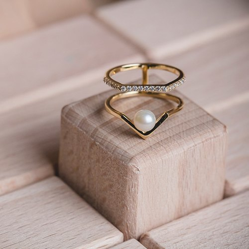 Natural Pearl Ring - Queena