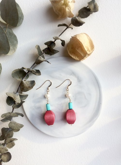 Birthday present , Stereo embroidery earring, PinkoiENcontent