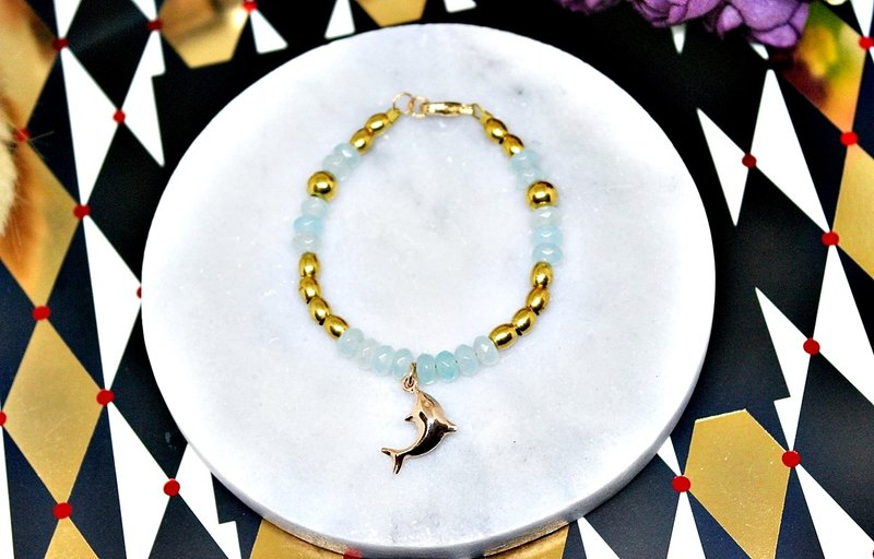 Natural stone bracelet _ x brass button Dolphin Bay ➪ ➪ be changed into a flexible bracelet Limited X1