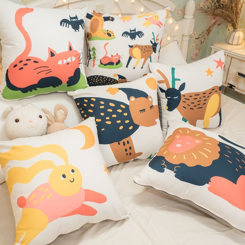 Dream Zoo Square Pillow 45cmX45cm Polyester Cotton Made in Taiwan [Super Limit One]
