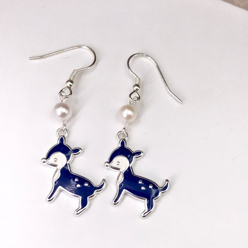 E31022 Deer Silver 925 & Fresh Water Pearl Earrings