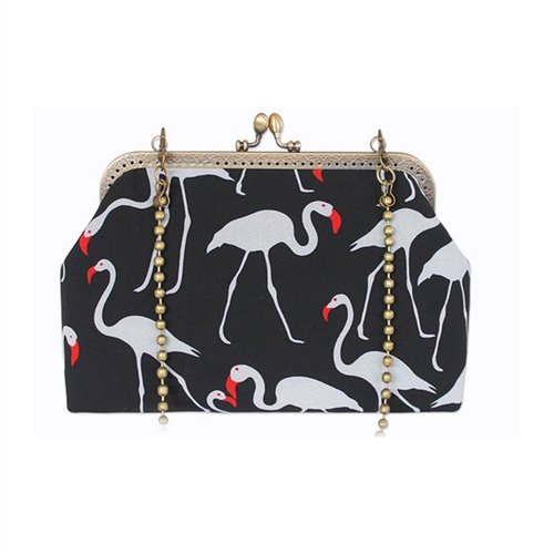 (On the new first 50% off) the art of mouth gold package cheongsam bag Messenger bag flamingo iphone phone bag mobile phone bag oblique bag bag bag birthday gift custom gift can be embroidered black