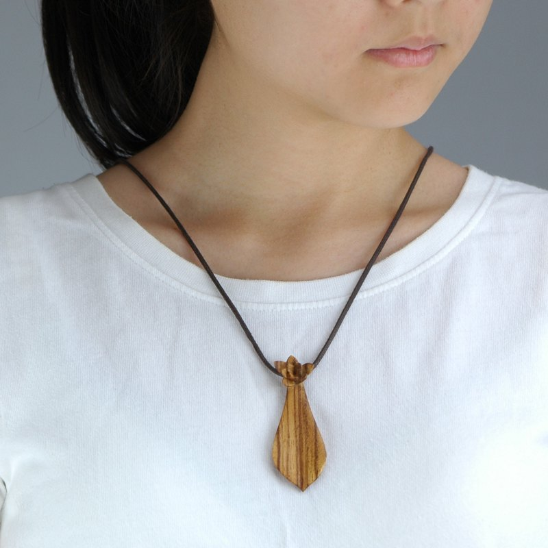 Wooden G. paraguayense necklace Wood Pendant