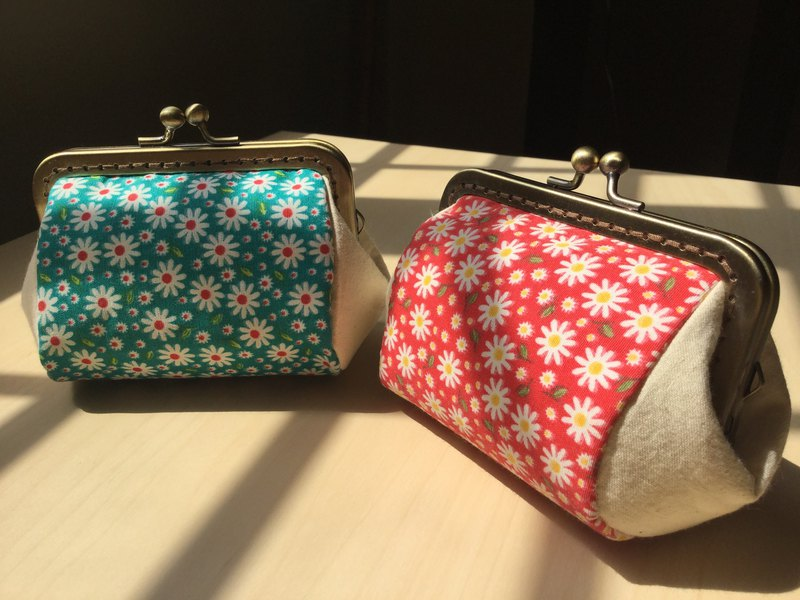 Flower patchwork gold bag