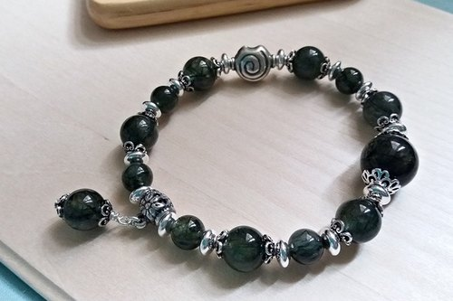 """Do not cross the wrong line"" - Green hair crystal silver bracelet (only one) Hong Kong original design"