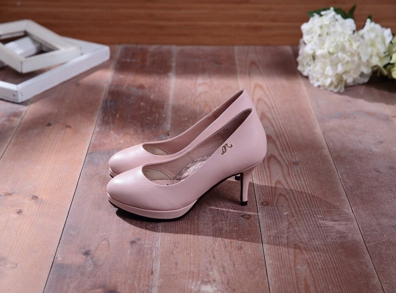 Iris-fir Cornwood Powder - Facial Almond Head Leather High Heels
