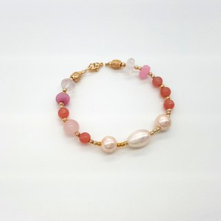 Girl Crystal World - Hong Kong girl made of natural stone bracelet Rhodochrosite hand
