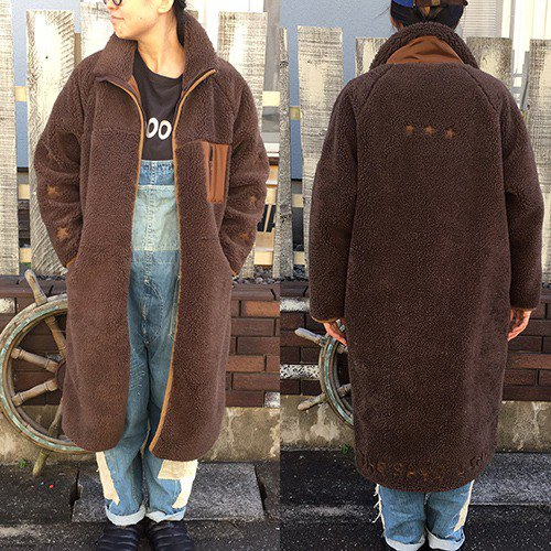【Selection processing】 Logo Patch Bore Fleece Coat (Brown)