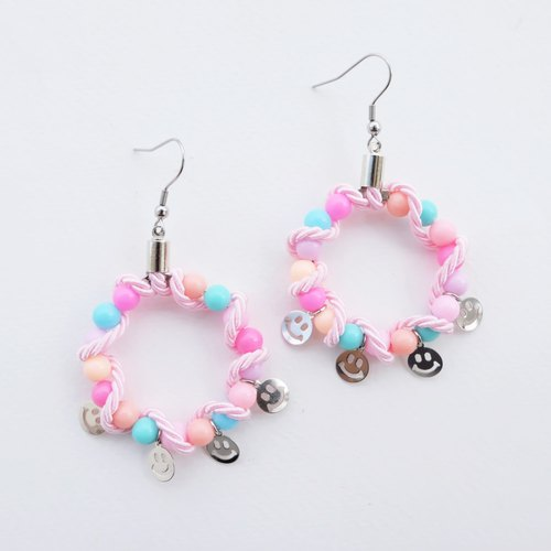 Bead hoop earrings with rope and smiley
