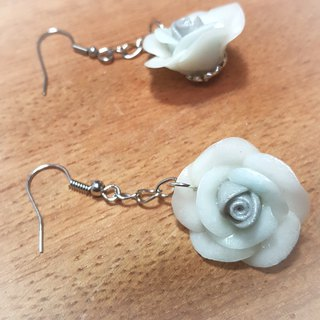White Rose earrings / ear hook / ear clip