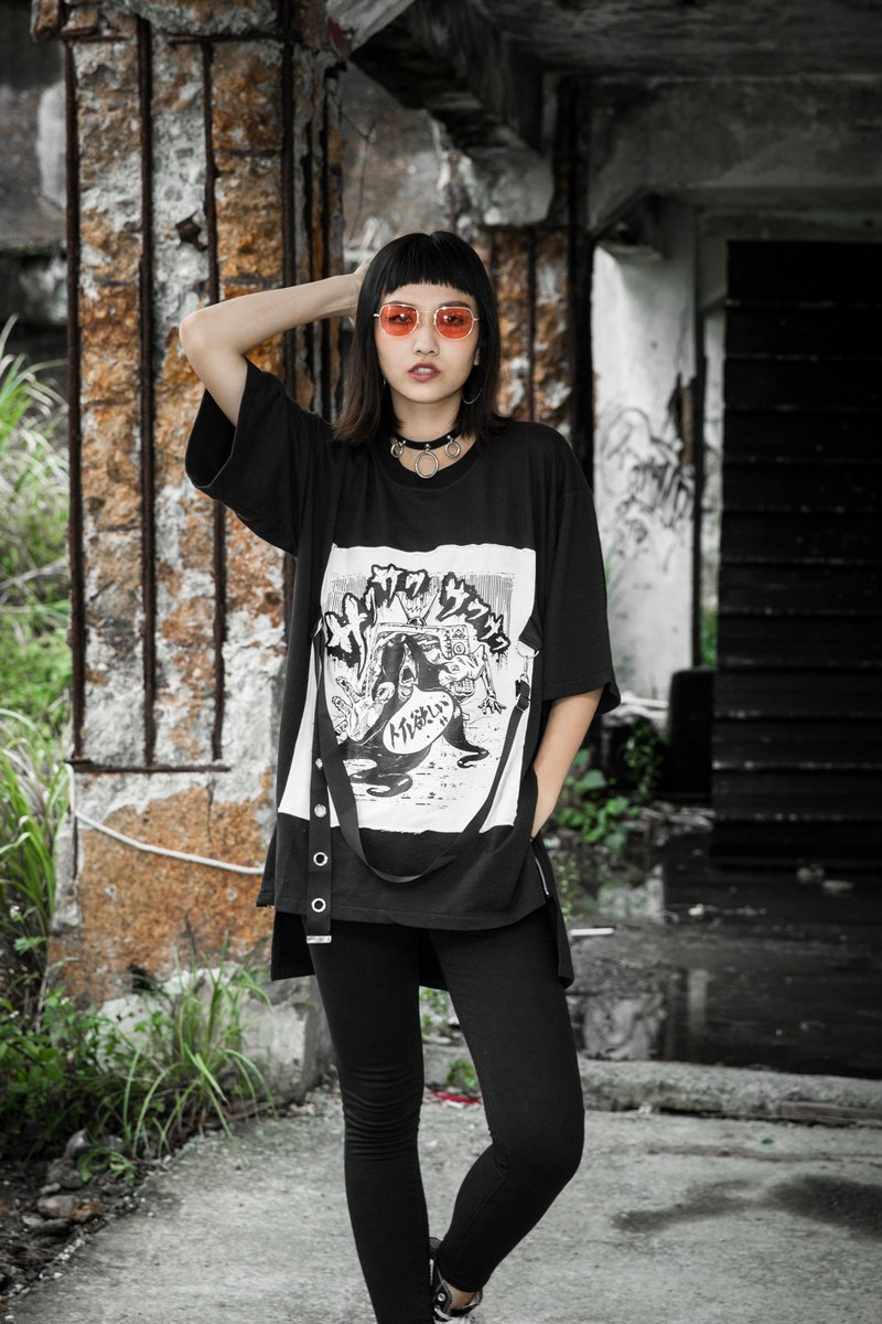 Sadako good horror cloth ribbon shirt short-sleeved short-sleeved T-shirt black short