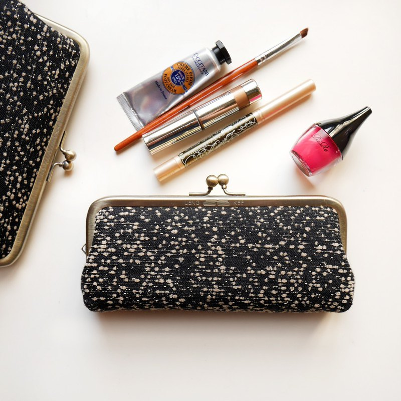 Should be a woman's glasses gold / pencil / cosmetic bag [Made in Taiwan]