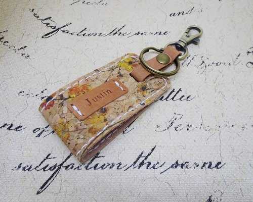 100% hand-sewn leather / hand key ring / pine flowers / free engraved English name