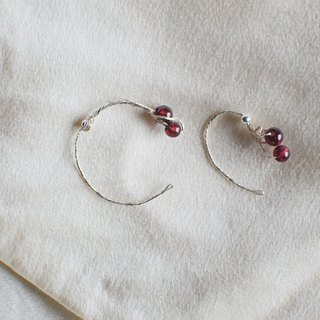 Slow Fire - Garnet S999 Sterling Silver Sterling Silver Bead Earrings Pair Asymmetric Design Valentine's Day Gift