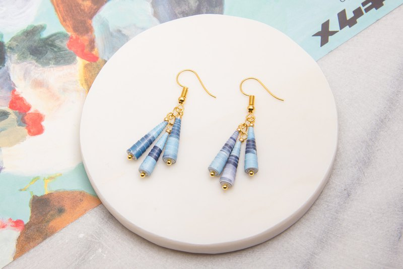 Famous Painting Series - Blue Gradient Pyramid Earrings
