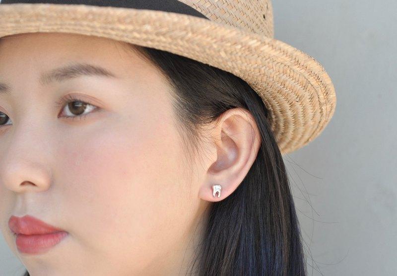 二毛銀【大器系列牙齒小耳環】