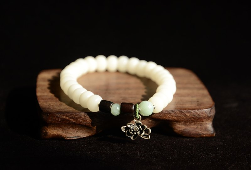[Breeze] White Jade Bodhi Bracelet
