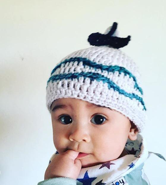 Baby is born! ! Whale's tail and waves S comfortable hat knit cap