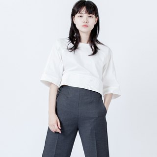 鬆緊帶寬上衣 Top With Stretch Hem
