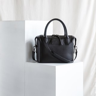 LAUREL - WOMAN MINIMAL LEATHER HANDBAG-BLACK