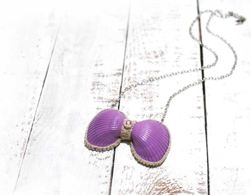 Purple Seashells Bow Necklace