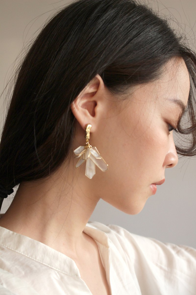 White mine earrings / ear clips