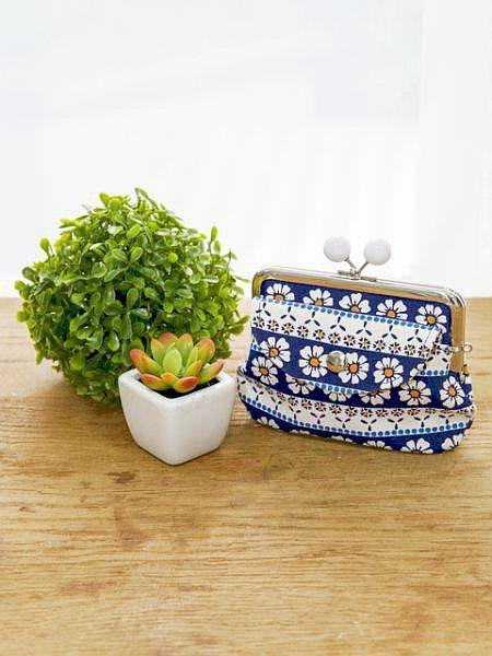 Retro Flower GAMAGUCHI Purse