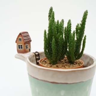 Plant pot with a house,two tone,cactus,staircase,ceramics,pottery,handmade