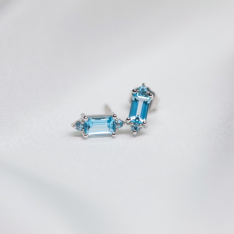18k White Gold Aqua Topaz Stud Earring - Natural Gemstones Jewelry - E023
