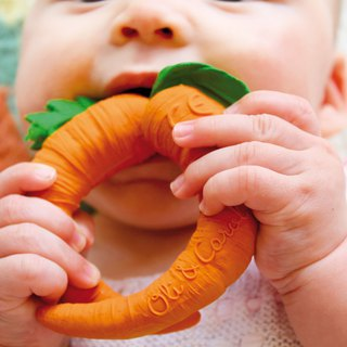 Spain Oli&Carol Healthy Fruits & Vegetables Series - Carrots - Natural Non-toxic Rubber Gumming Gear / Bath Toys / Green Toys